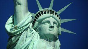 Estados Unidos suspendem vistos de imigração, mas mantém o EB-5